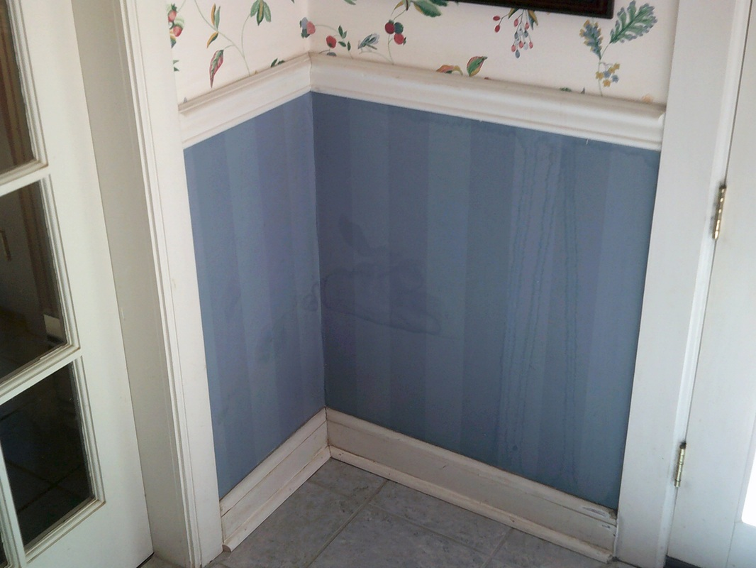 Picture of stained wallpaper
