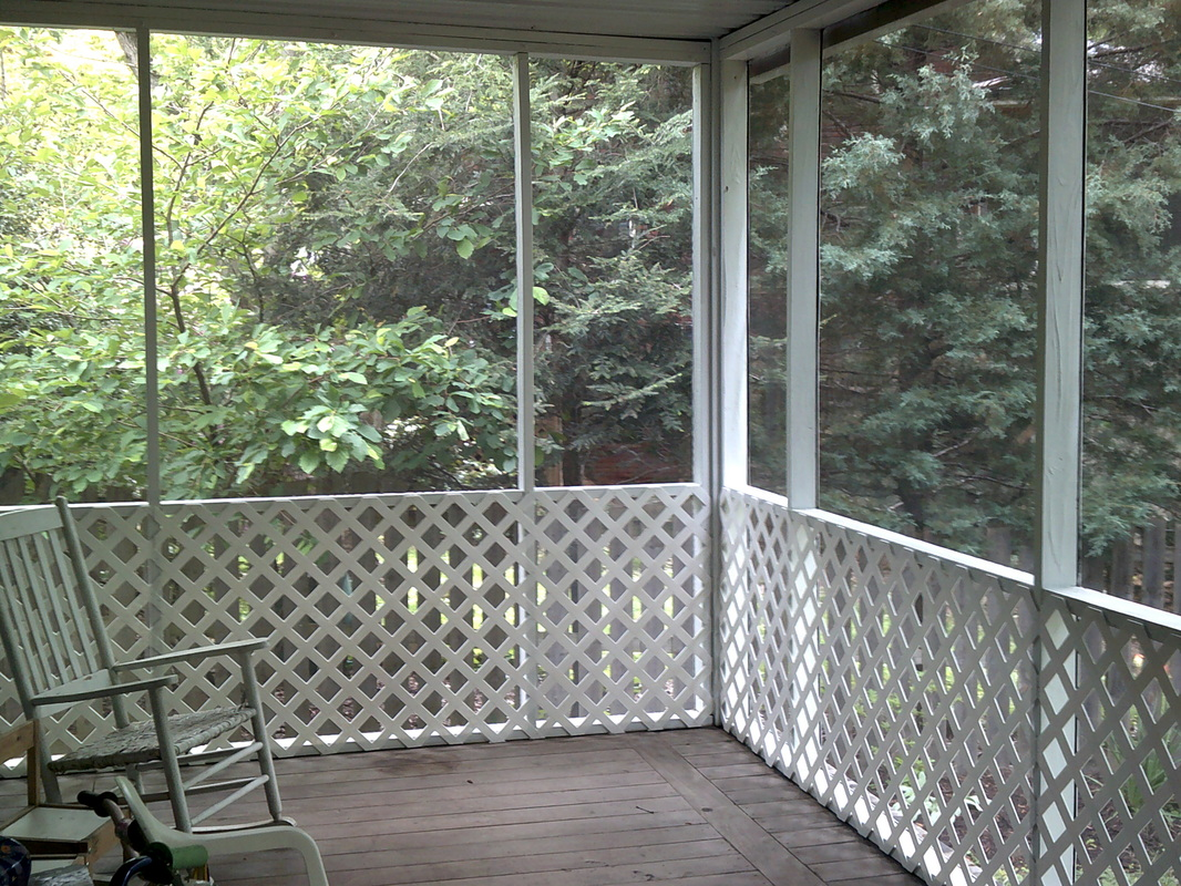 Picture of a screened-in porch