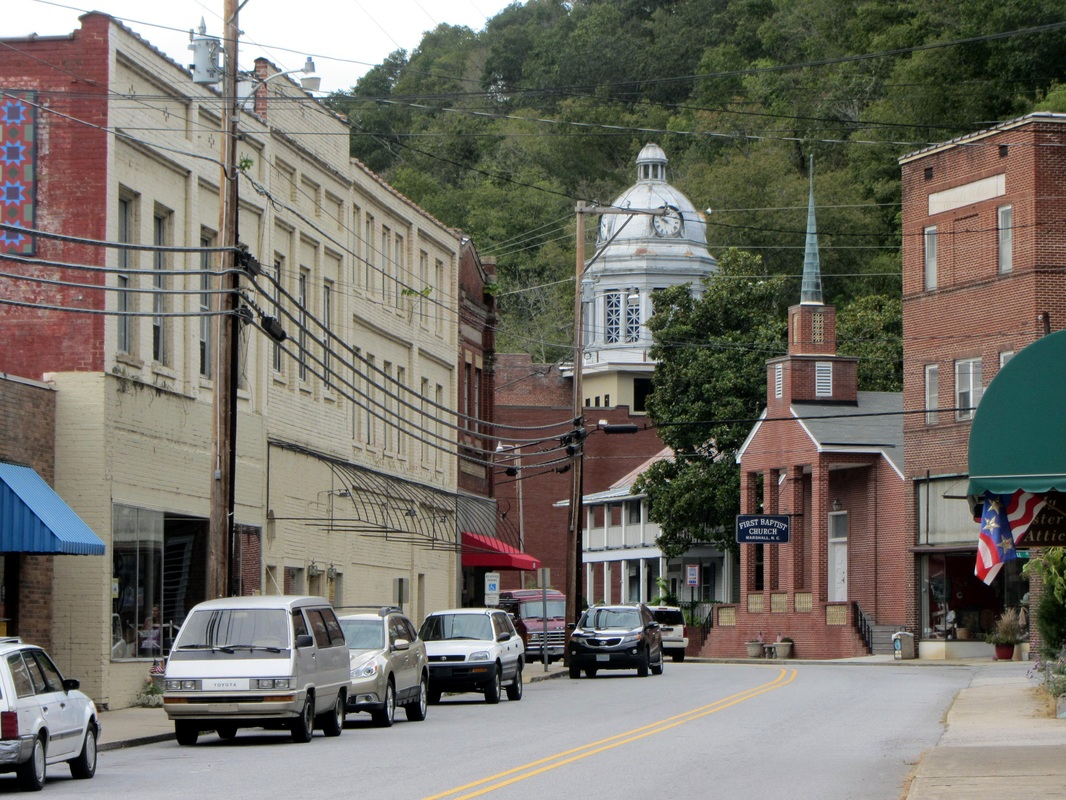Picture of downtown Weaverville