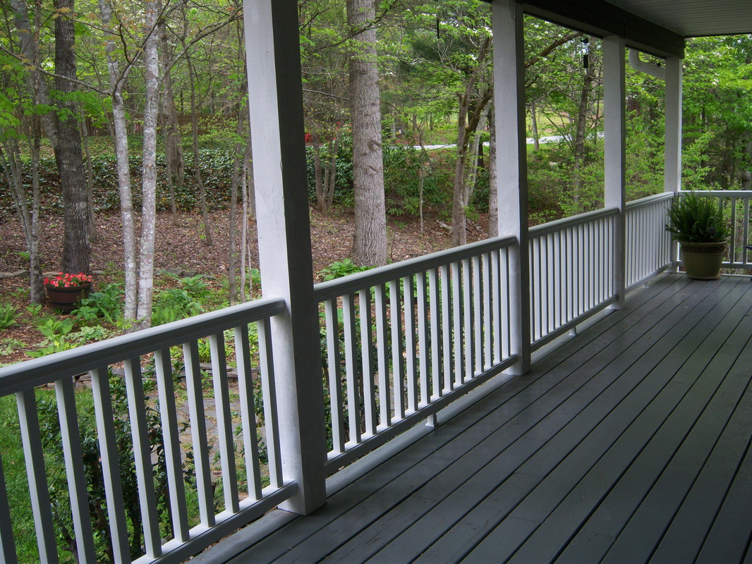 New porch railing installation